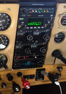 Stratus ESGi in Cessna 172 panel